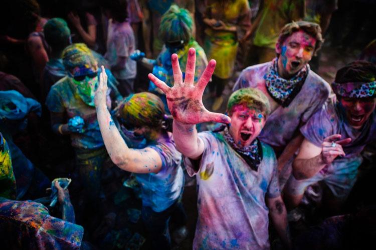 polvos holi festival