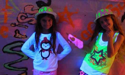 pintura luminosa fiesta pijama